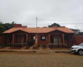 Casa tipo Duplex en Luque