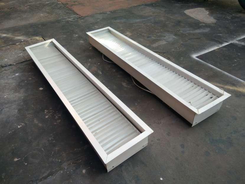 Porta fluorescente Premium - 2