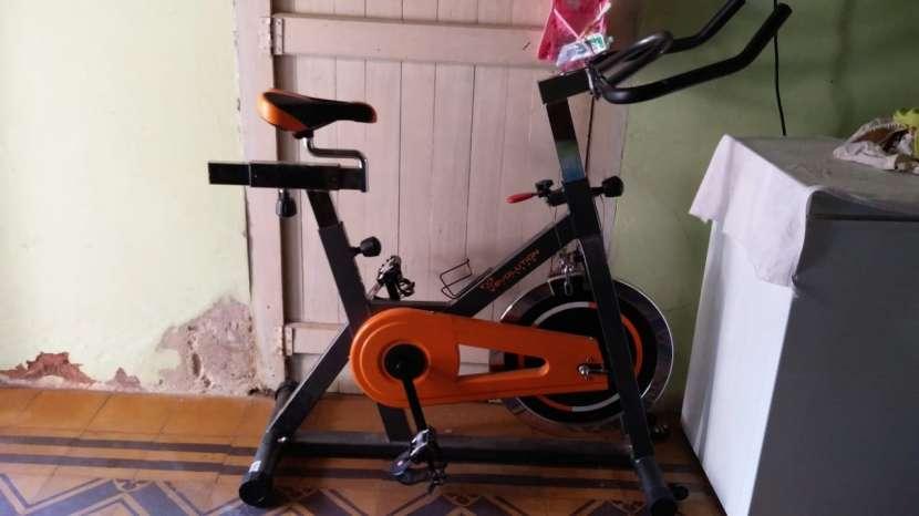 Bicicleta para ejercicios - 1