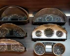 Cuadros de instrumentos para Mercedes