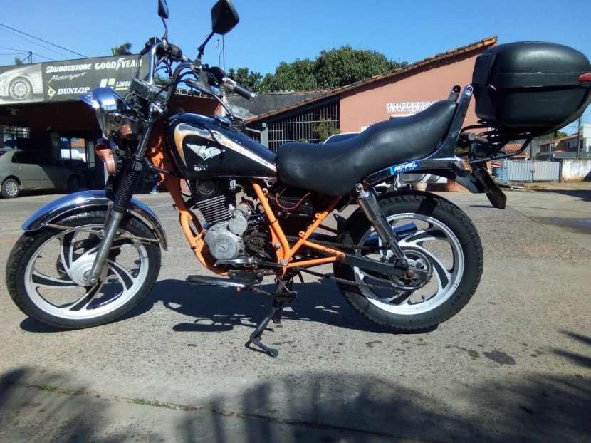 Moto Kenton Custom - 0