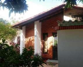 Casa de 3 habitaciones en Loma Pyta