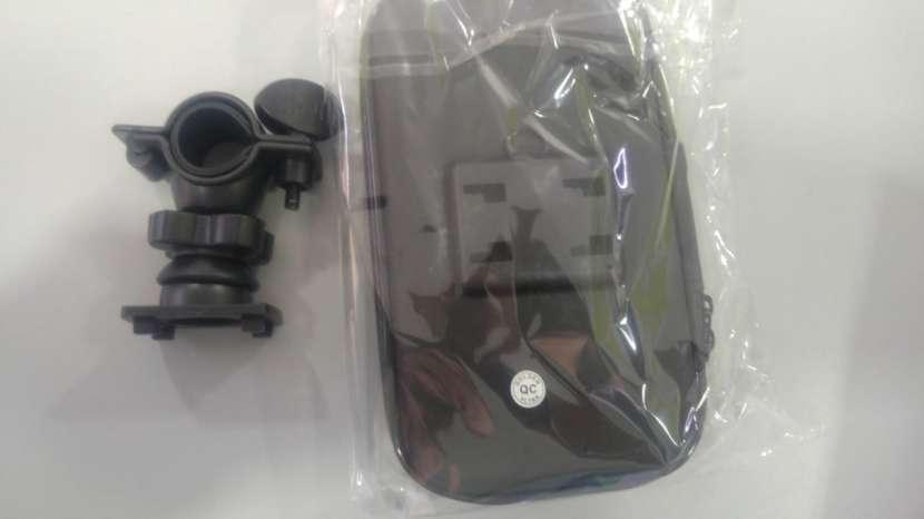 Soporte smartphone para bicicleta y motos - 2