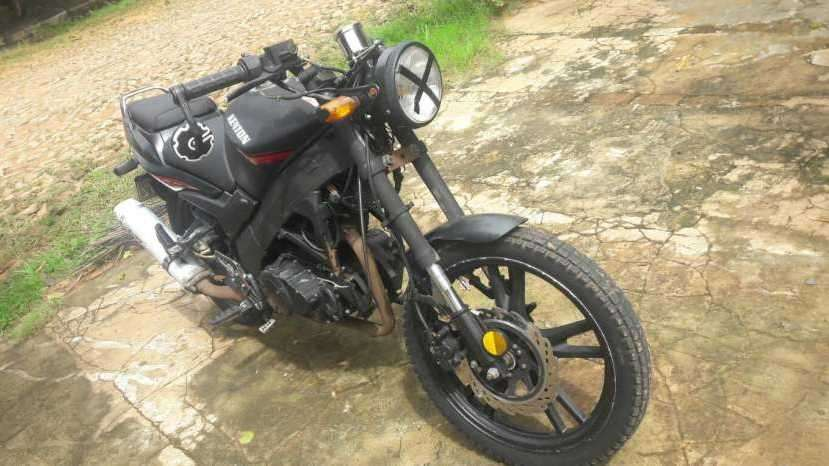 Moto Kenton motor 200 cc - 3