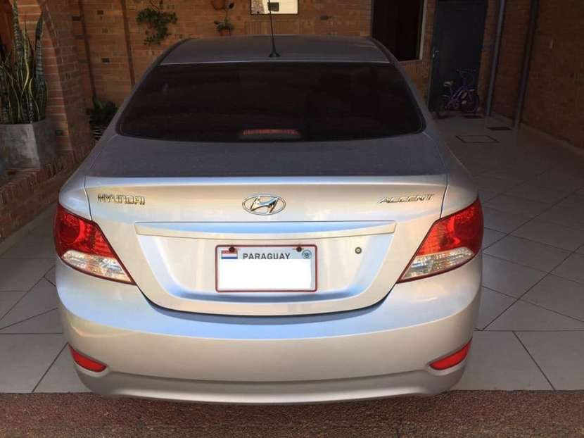 Hyundai Accent 2012 - Automático - 60.000 KM - 4