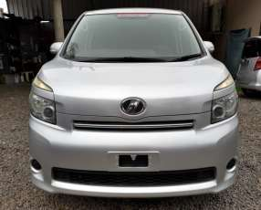 Toyota new voxy