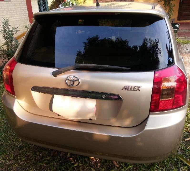 Toyota Allex 2003 - 1
