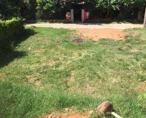 Terreno a una cuadra de Jacaranda