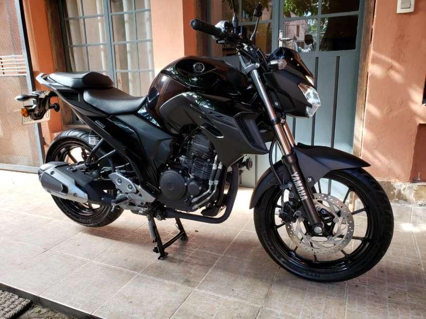Moto Yamaha FZ25 2018 - 6