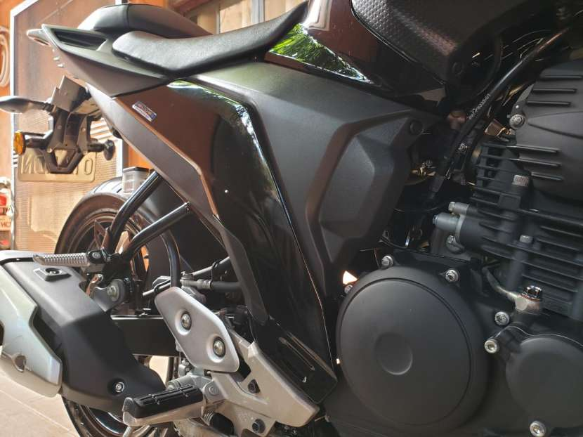 Moto Yamaha FZ25 2018 - 7