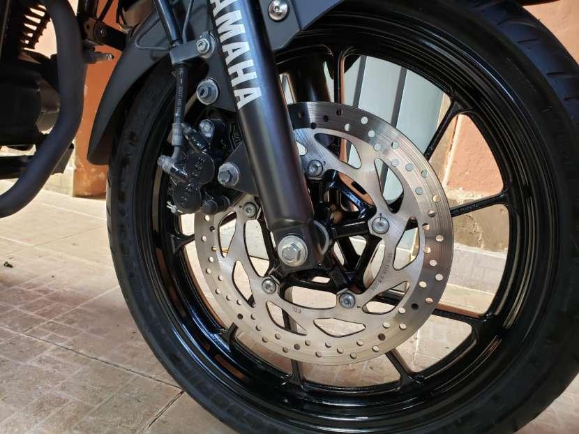 Moto Yamaha FZ25 2018 - 9