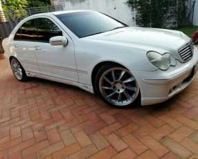 Mercedes Benz C200 2002