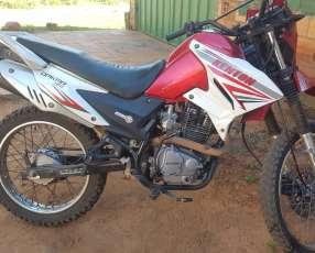 Moto Kenton Dakar 150 cc