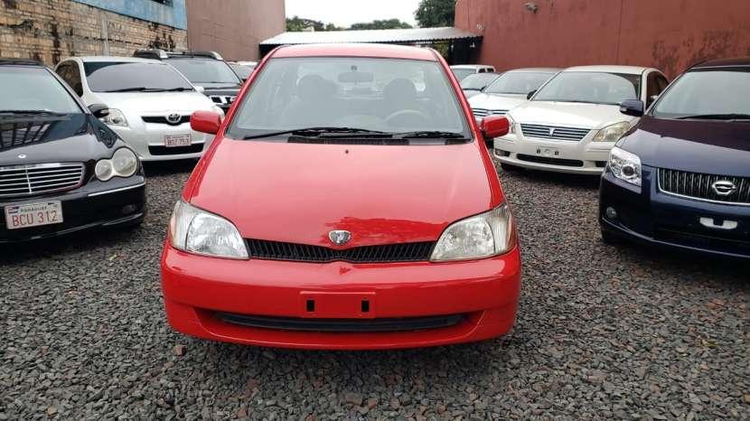 Toyota Platz 2002 rojo - 1