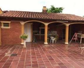 Casa en Ñemby COD 2286