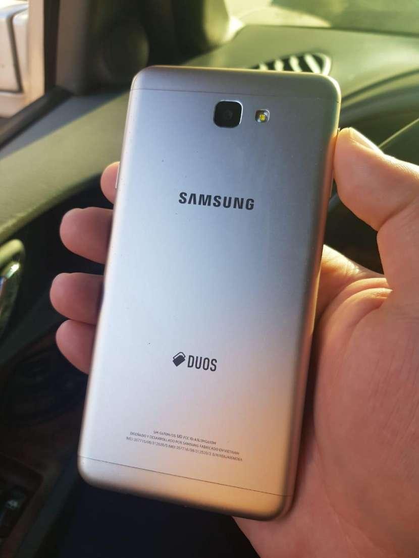 Samsung Galaxy J7 Prime - 1