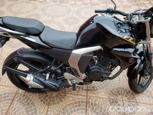 Moto Yamaha FZ 2.0 - 1