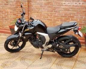Moto Yamaha FZ 2.0