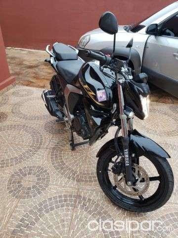 Moto Yamaha FZ 2.0 - 2