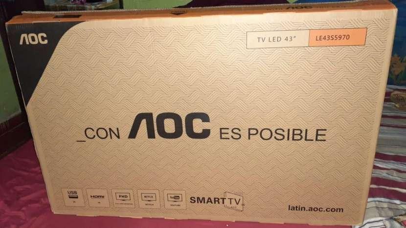 TV smart AOC 43 pulgadas - 0