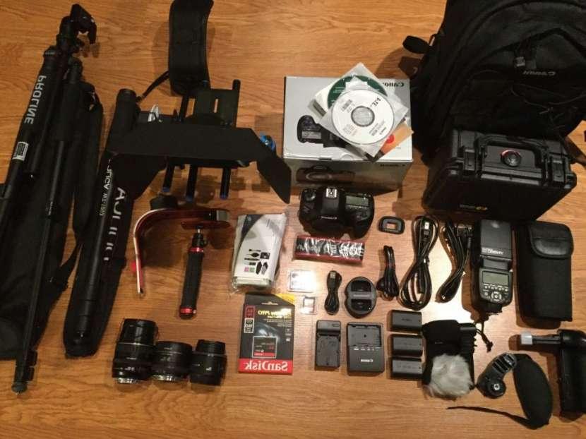 Cámara Canon EOS-5D Mark IV DSLR - 0