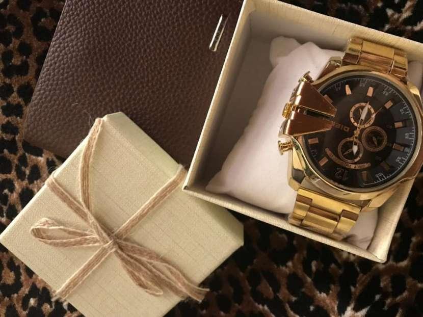 Reloj diésel y billetera - 4