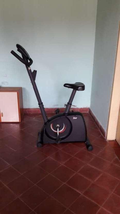 Bicicleta estática Athletic - 1