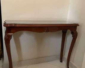 Mesa de cedro de estilo francés