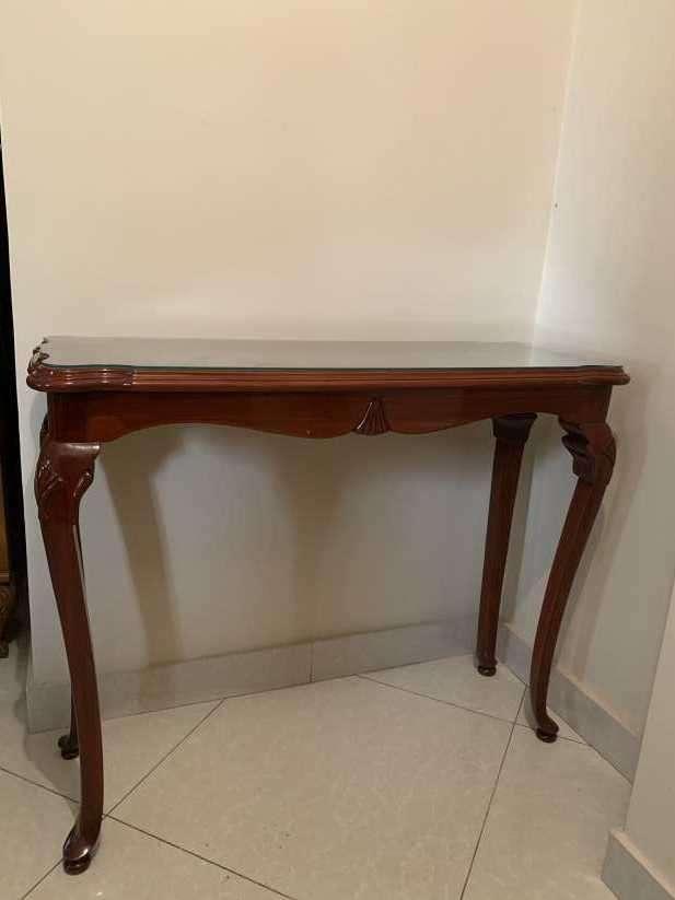 Mesa de cedro de estilo francés - 0