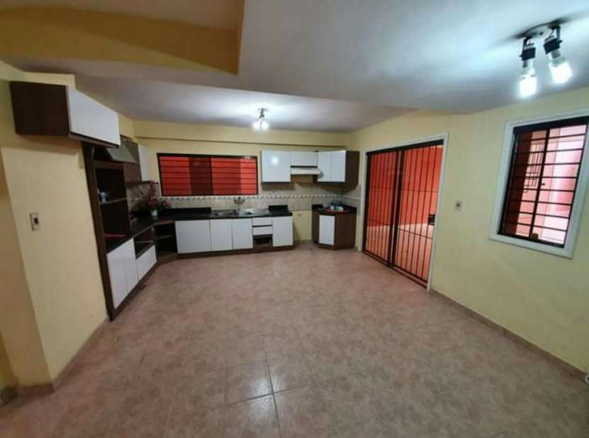 Duplex en Trinidad zona IPS - 2