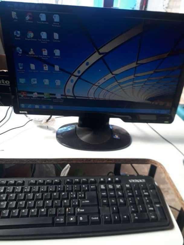 Computadora de mesa - 2