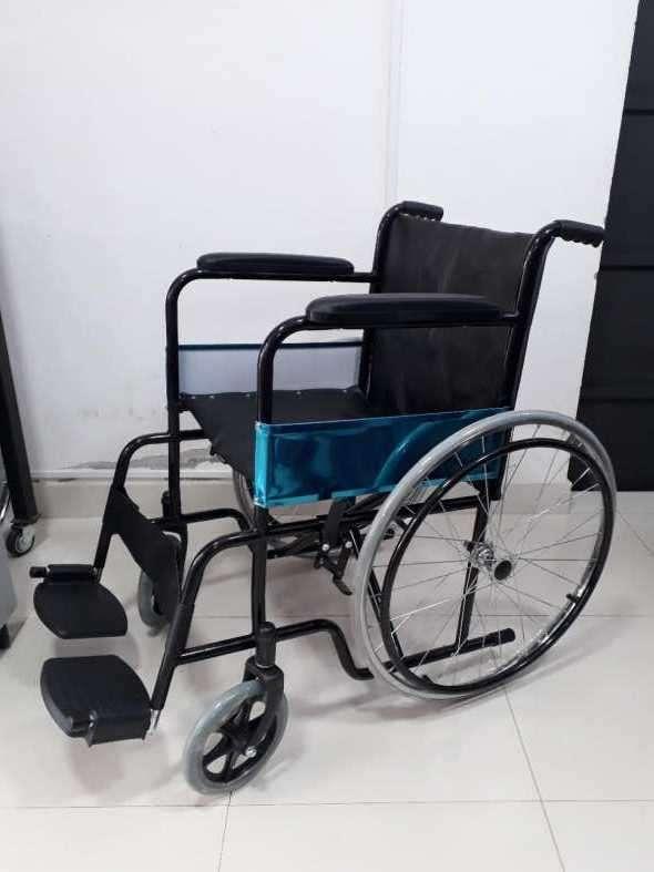 Silla de ruedas estándar pintada - 0