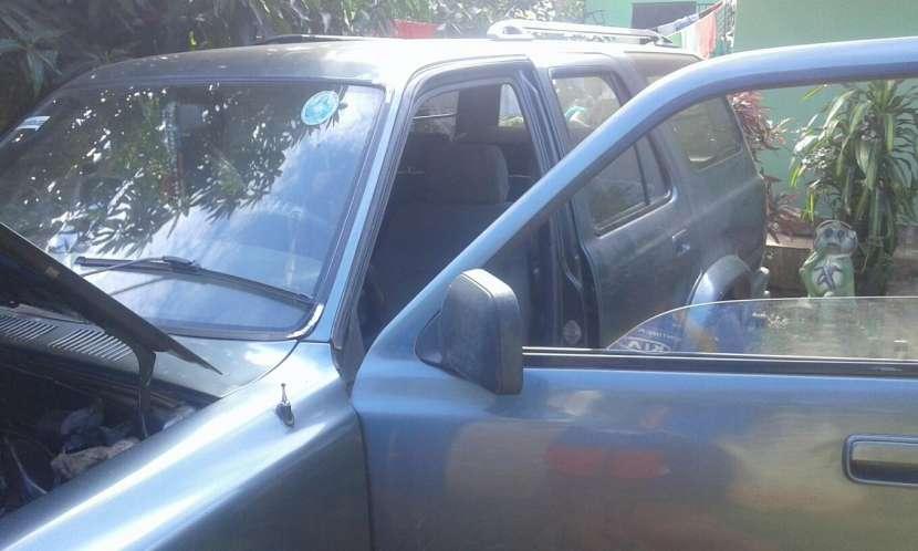 Toyota Hilux Surf 1990 - 6