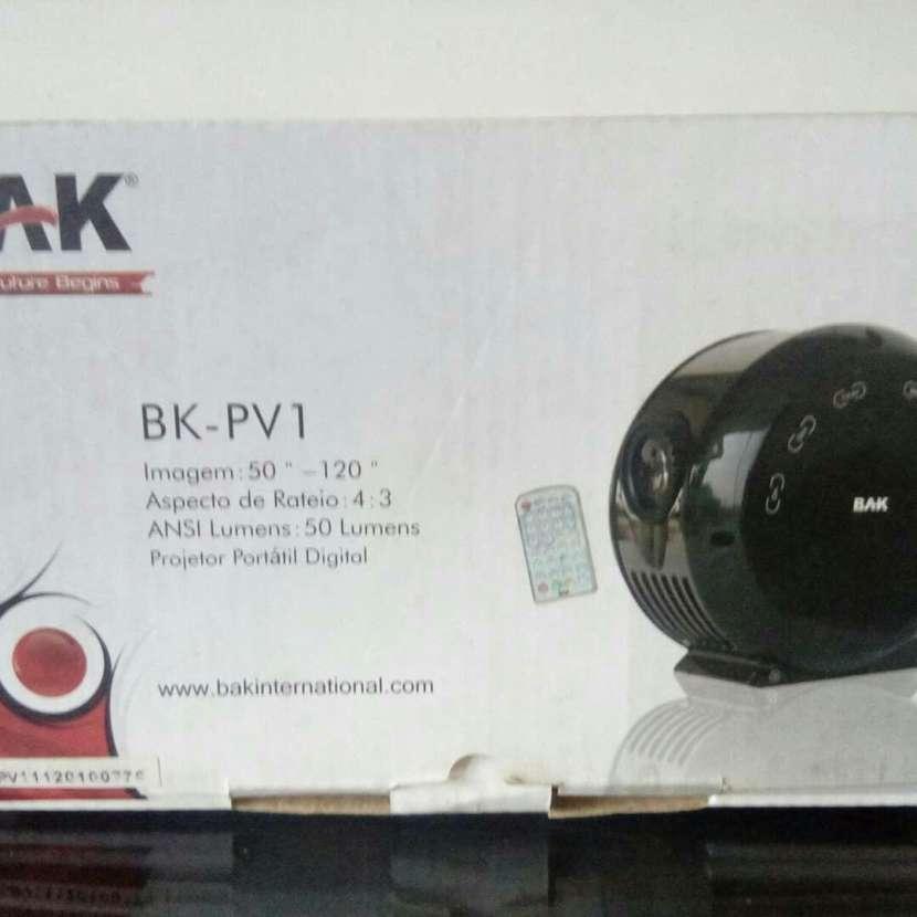 Proyector BAK - 0