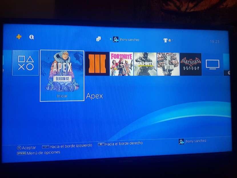 PS4 de 1 tera - 1