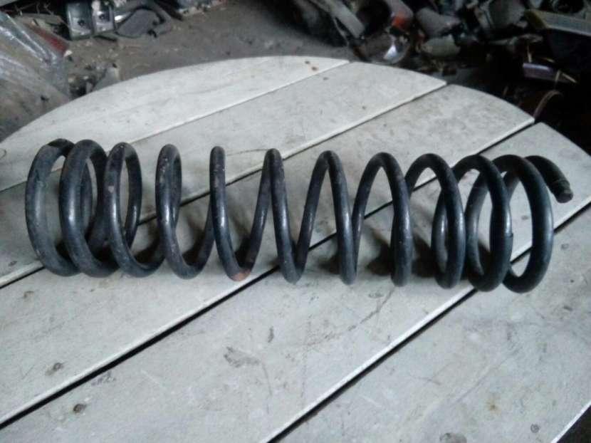 Amortiguadores traseros y delanteros - 1