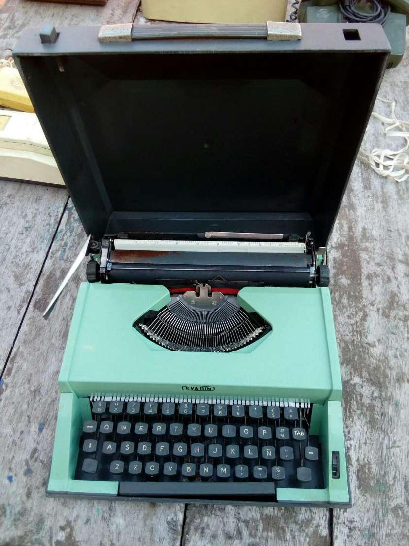 Máquina de escribir evadin - 1