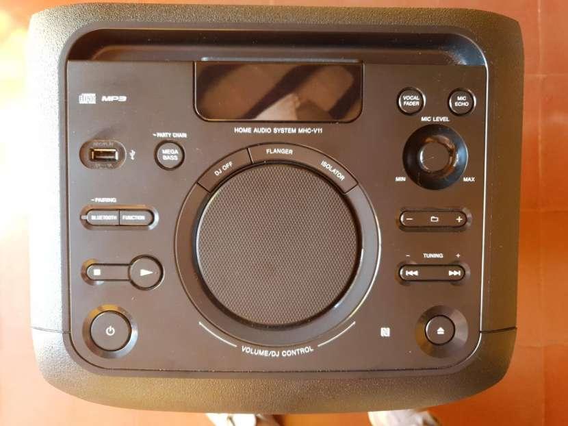 Parlante Sony MHC-V11 - 2