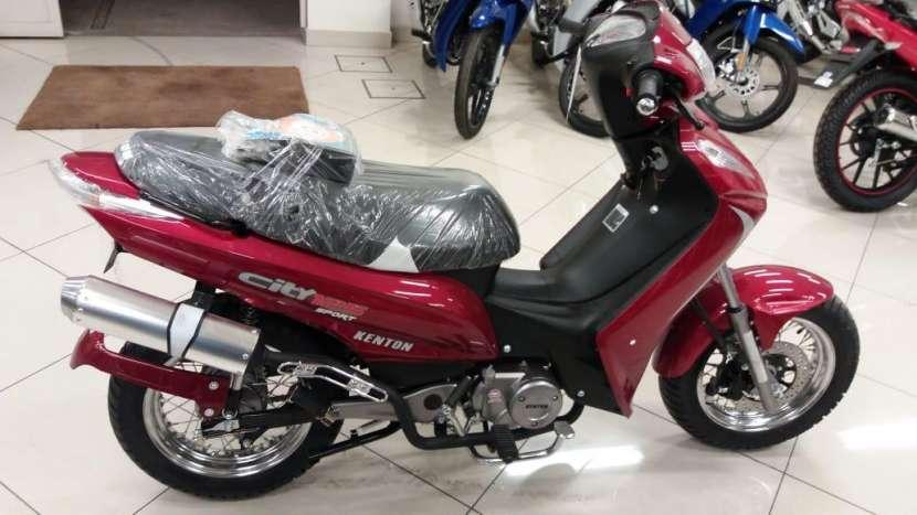 Moto Kenton - 5