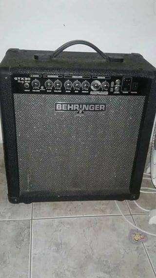 Amplificadores Line 6 Behringer Epiphone - 1