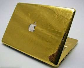 Apple MacBook Pro + Retina display