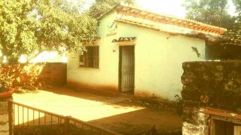 Terreno con casa en Fernando de la Mora