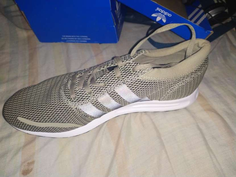 Champion Adidas - 3