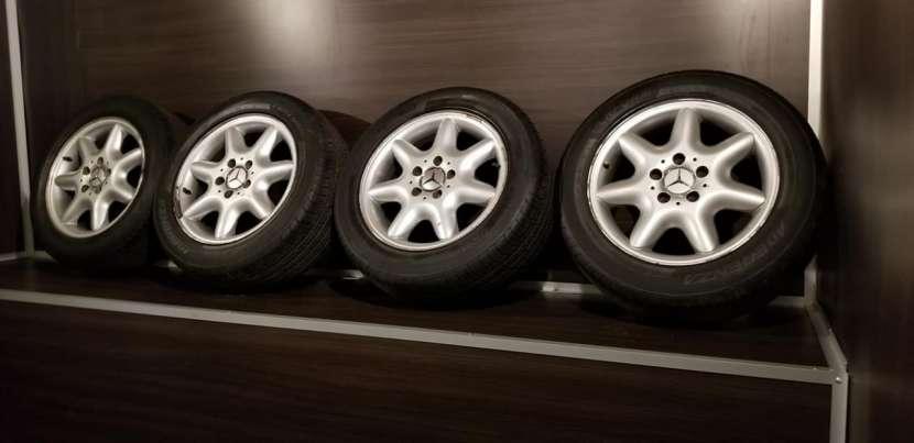 Llantas aro 16 originales de Mercedes - 2