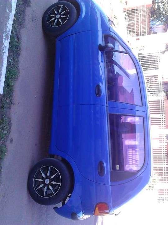 Daewoo modelo matiz,color azul 2000 - 2