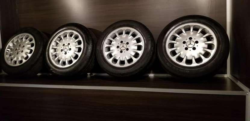 Llantas aro 16 originales de Mercedes w211 - 1