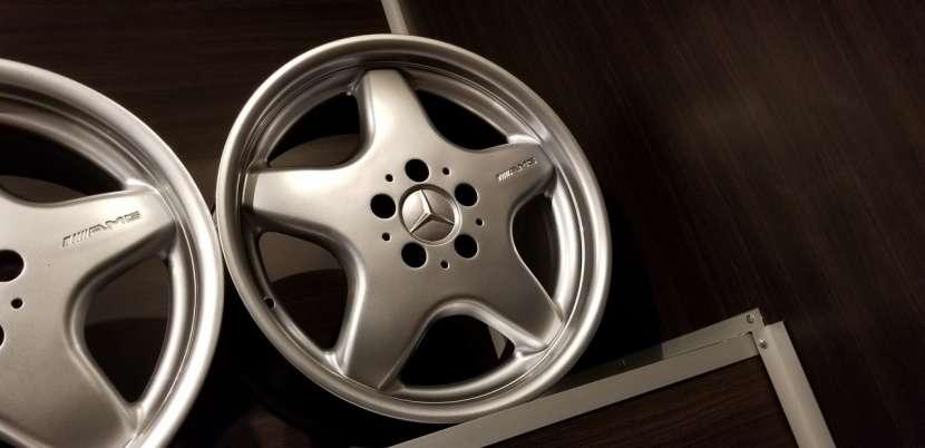Llantas aro 17 AMG originales de Mercedes - 2