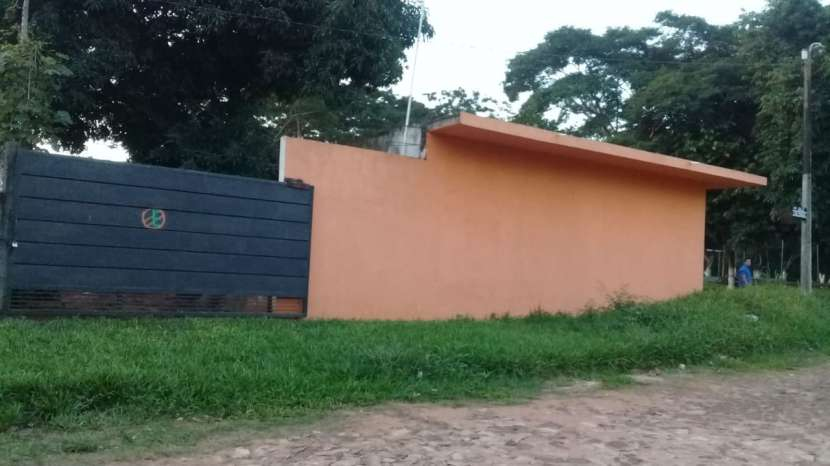 Terreno con 2 salones en Villa Elisa Y5223 - 3