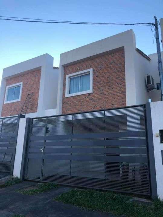 Duplex a estrenar en Villa Elisa Y5219 - 0