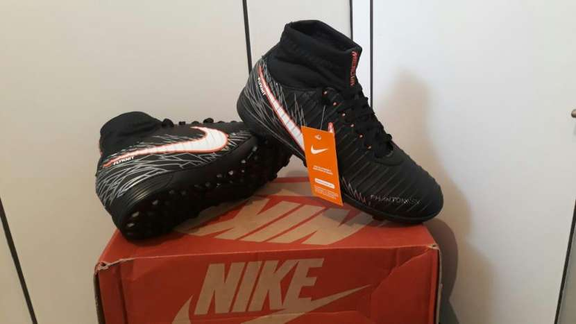 Champion Nike botita - 0